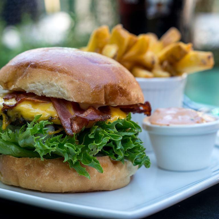 I Læ - sammensæt din egen burger