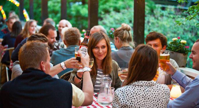 Bakken Restaurant Grill Boefhus Gruppe Voksen Stemning Spisesteder koebenhavn