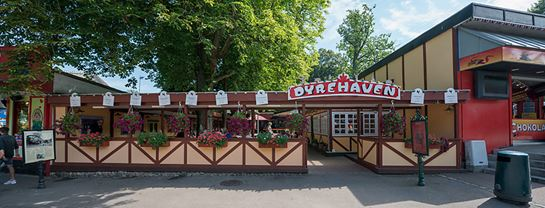 Bakken Restaurant Dyrehaven Facade