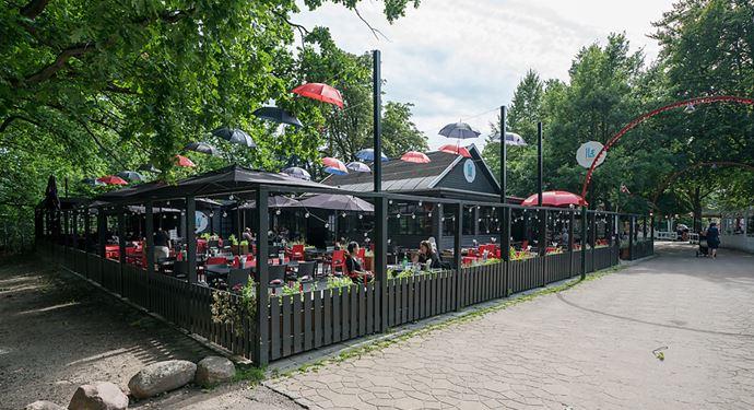 Bakken Restaurant I Læ Gårdhave