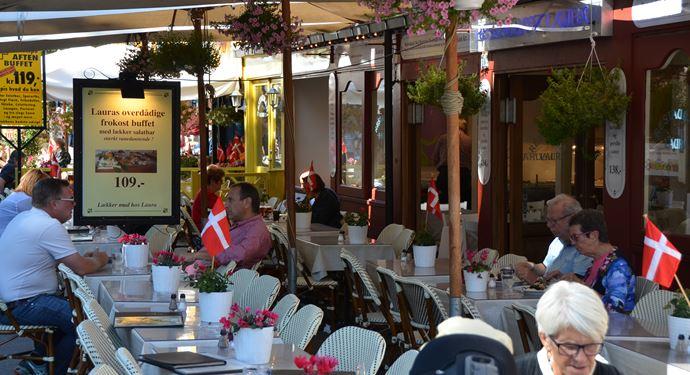 Bakken Restaurant Laura Terrasse