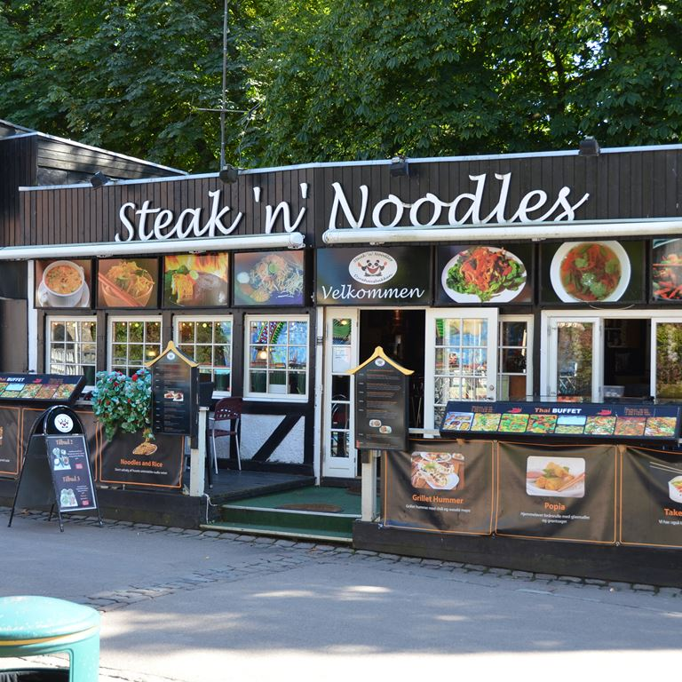Steak n Noodles på Bakken
