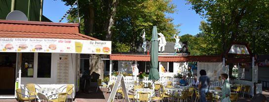 Bakken Restaurant Harlekin Facade