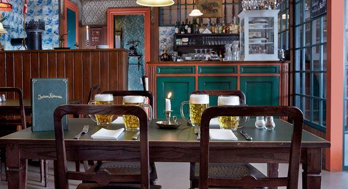 Jernbanerestauranten - Korsbæk på Bakken