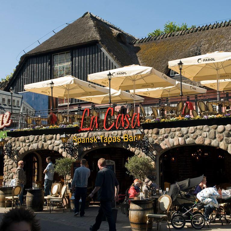 Bakken Restaurant La Casa Facade Tapas
