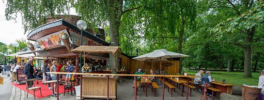 Bakken Cafe Is Fastfood Almas Terrasse Facade