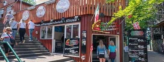 Bakken Cafe Is Fastfood Bakkens Italienske Pizzabar Facade