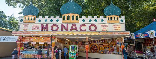 Bakken Cafe Is Fastfood Monacohallens Iskiosk Facade