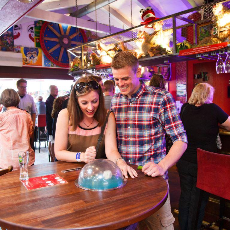 Bakken Pub Bar Malmoekroen 25eren Voksen Stemning Spil