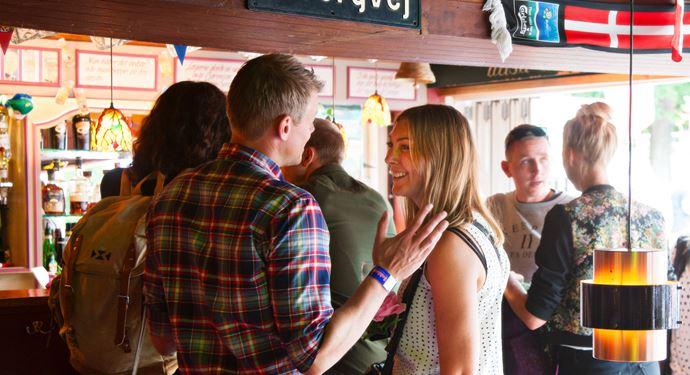 Bakken Pub Bar Sommerlyst Gruppe VoksenStemning