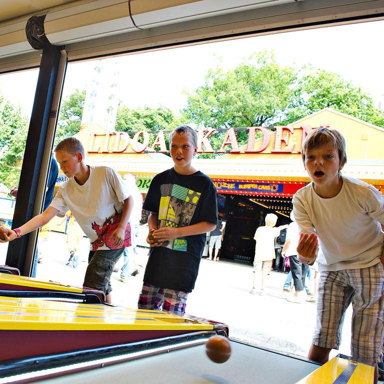 Bakken Spil Sjov Mini Bowling Gruppe Ung