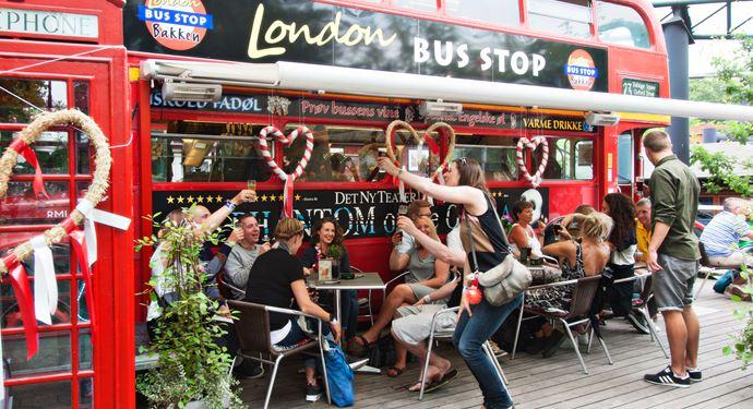 Bakken Pub Bar London Pub Bussen Gruppe Voksen Stemning Øltour Terrasse Hygge