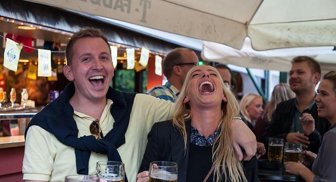 Bakken Pub Bar Ølgod Gruppe Voksen Stemning Øltour Øl
