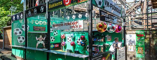 Bakken Spil Sjov Fodboldbanen Facade