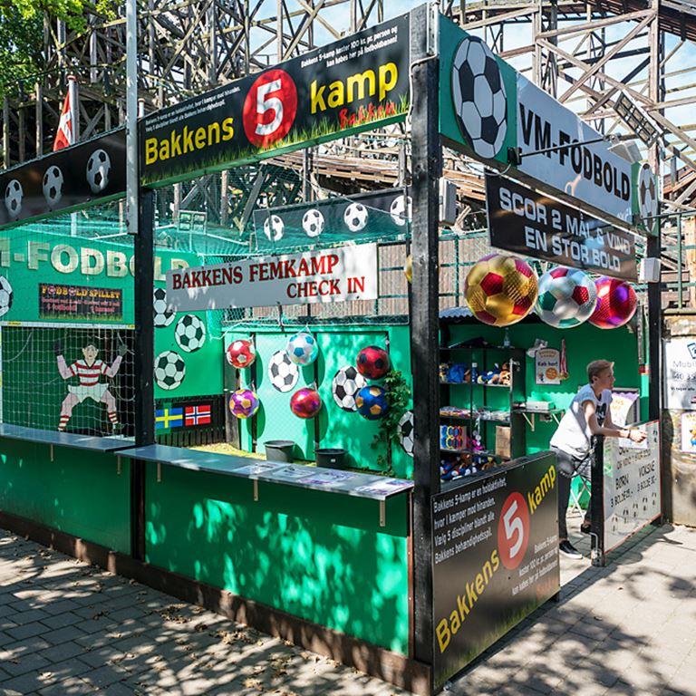 Fodboldbanen - Skyd og scor på Bakken