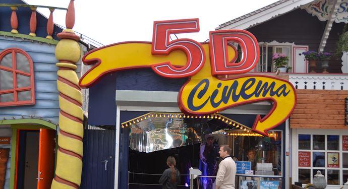 Bakken Forlystelse 5D Cinema Facade