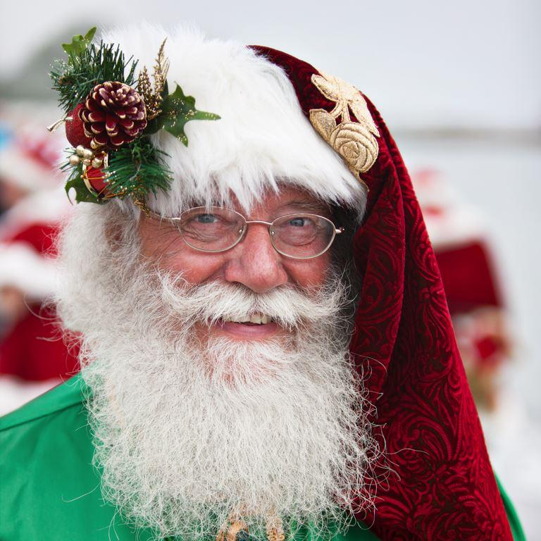 Julemændenes Verdenskongres - Jul i juli på Bakken