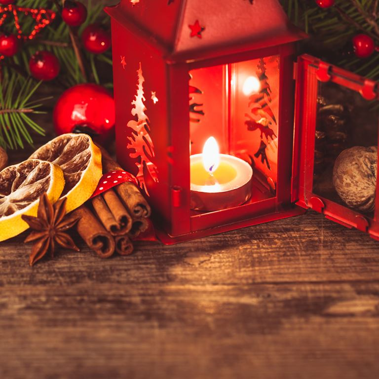 Jul paa Bakken Underholdning Nyhed Gran Julemarked
