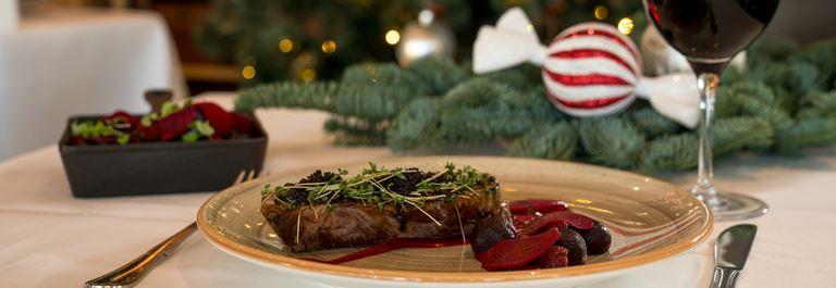 Nyd en herlig julefrokost på Bakken for første gang nogensinde!