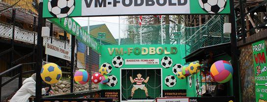 Bakken Spil Sjov Fodboldbanen