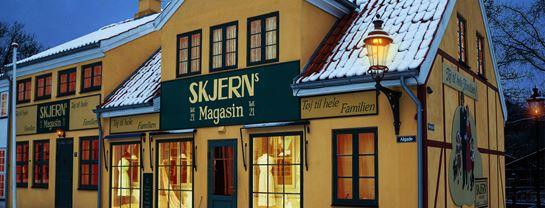 Korsbaek paa Bakken Jul Skjerns Center