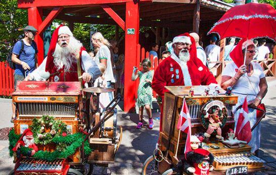Julemændenes Verdenskongres JMV Julesjov i gader