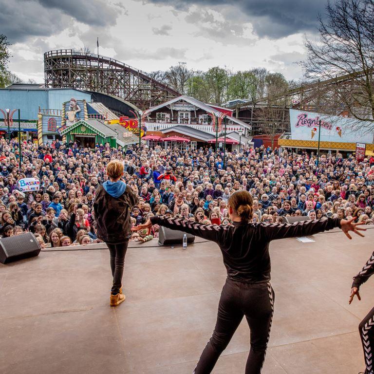 Oplev MGP og BaseBoys stjernen Bastian, når der er gratis-koncert på Friluftsscenen d. 28. april.