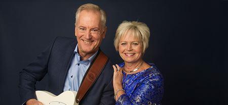Fællessang med Keld og Hilda