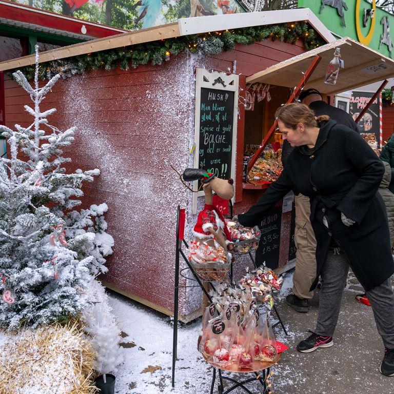 Juleboder på Bakken søger undarbejdere