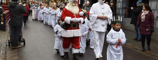 Bakken Jul Event Luciaoptog Luciabrud Julemand Pjerrot 2018