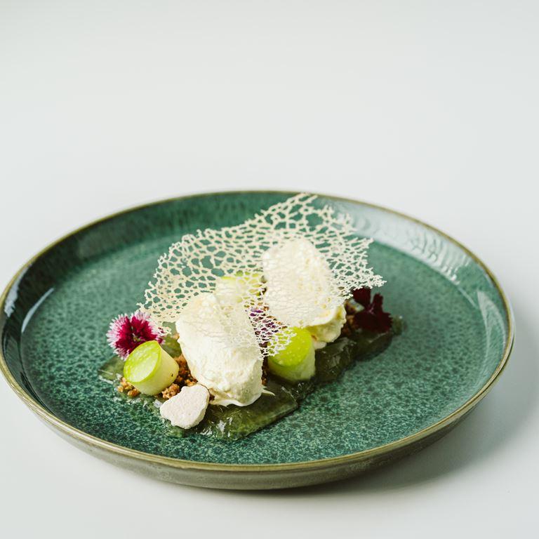 bakkens perle luksusmenu dessert.jpg