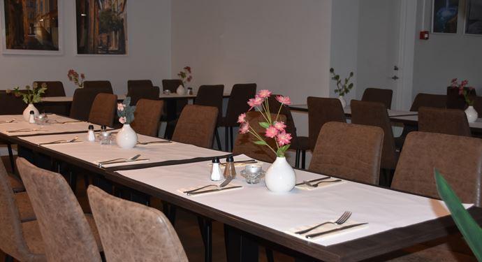 Laura Mad Restaurant Bordopdækning