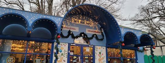 Blå Hus 2020 jul facade.jpg