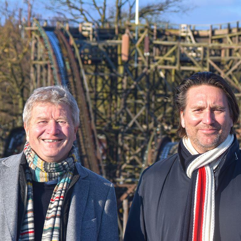 Ole Andersen (tv) og Michael Idemo på toppen af Rutschebanen.jpg
